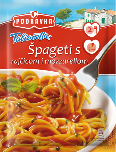 Spaghetti with tomato and mozzarella